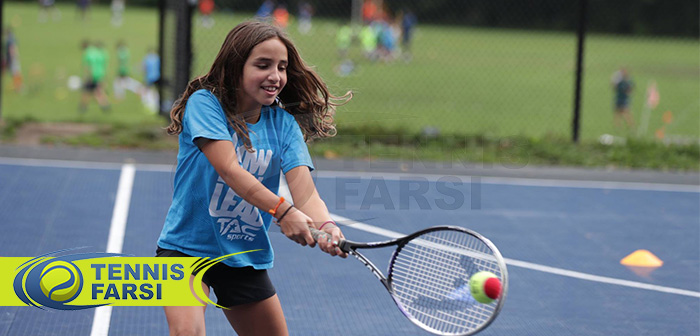 چگونه باید آموزش تنیس فرزندم را شروع کنم؟